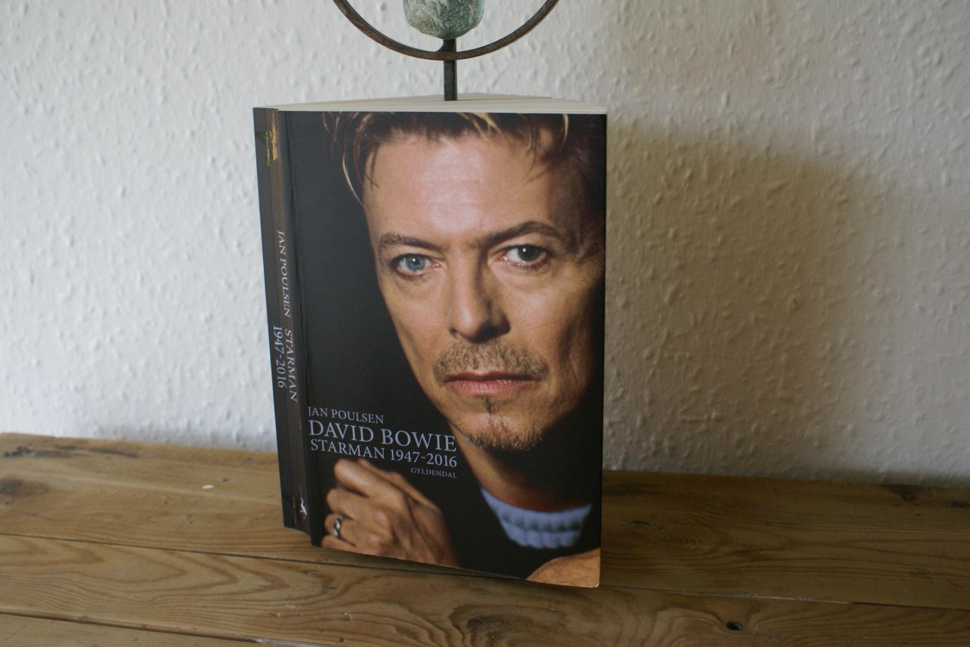 David Bowie – Starman 1947-2016 af Jan Poulsen
